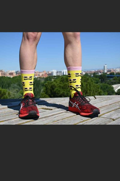 Calcetines Running Sock&Roll moustache yellow delante